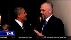 Debati per foton e Rames me Obamen