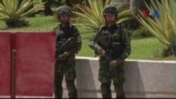Tổng tư lệnh quân đội Thái Lan họp với các phe nhóm chính trị
