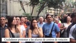 Venezolanos protestan para votar en elecciones regionales