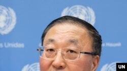 장쥔 유엔주재 중국대사가 2일 뉴욕 유엔본부에서 기자회견을 했다. 사진 제공: UN.