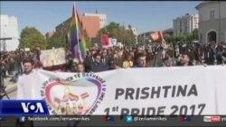 """Mbahet """"parada e krenarisë"""" në Kosovë"""
