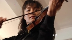 Famous Stolen Violin is Played on Stage Again