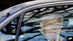 El ex asesor de Seguridad Nacional John Bolton fotografiado al salir de su casa el pasado mes de enero, cuando los demócratas reclamaban escuchar su testimonio en el juicio político al presidente Donald Trump.