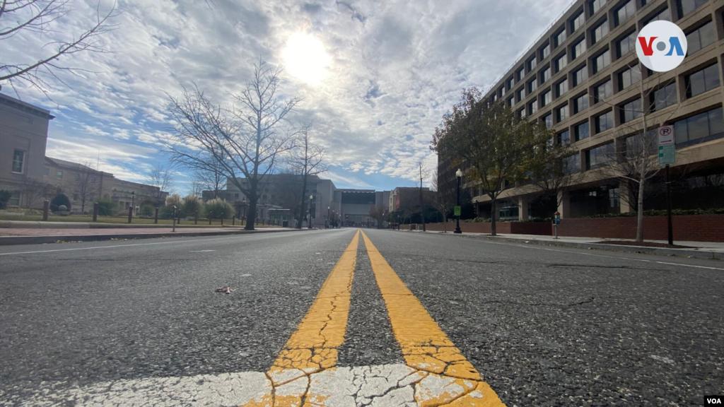 Calles vacías en la capital de EE.UU. ante posibles protestas por parte de seguidores del presidente Donald Trump. Domingo 17 de enero de 2021. [Foto: Celia Mendoza]