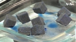 Революційний винахід американських науковців допомагає очищувати водні ресурси від нафти. Відео