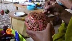 ردی کاغذ سے فن پارے بنانے والی ہنرمند پنجابی آرٹسٹس