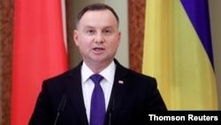 Presiden Polandia Andrzej Duda mengecam Belarus