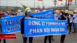 Giỗ tổ Hùng Vương bằng biểu tình