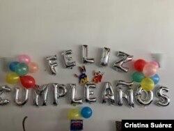 Los venezolanos se las arreglan para celebrar los cumpleaños de sus hijos en medio dd la pandemia y de la crisis que atraviesa el país.