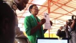 Victoire Ingabire Umuhoza na Kizito basohoka muri germa nyuma yo guhabwa imbabazi