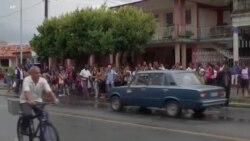Konjske zaprege umesto autobusa na ulicama Havane