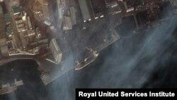 북한과 연계된 영국 회사 소유 선박 '럭키스타'호가 지난 1월 남포항에서 석탄을 싣는 장면이 위성사진에 포착됐다. 사진 제공: RUSI.