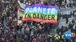 Tens of Thousands Join Climate 'March of the Century' in Paris
