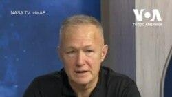 """Американські астронавти розповіли про повернення на Землю на борту """"Crew Dragon"""". Відео"""