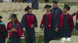Üniversite Mezunları İş Bulma Konusunda Daha Umutlu