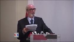 Rexhep Qosja nderohet në Tiranë