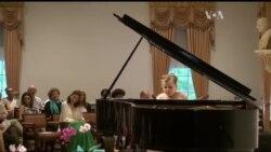 Серця вашингтонців завоювали юні піаністи з окупованих українських територій. Відео