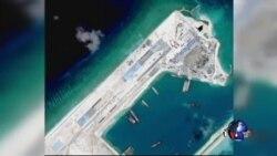 菲律宾人抗议中国填海造岛