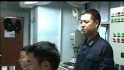 中国海军东海舰队在钓鱼岛巡航
