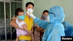 Đà Nẵng đang tiến hành xét nghiệm virus corona trên diện rộng sau đợt bùng phát dịch mới