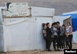 Duhok'taki mülteci kampında kalan bir grup Ezidi