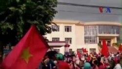 Bắc Kinh yêu cầu Việt Nam nghiêm trị biểu tình bạo động chống Trung Quốc