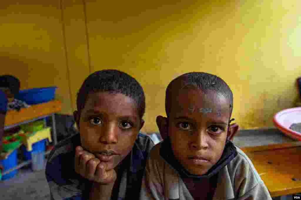 Displaced children in Tigray are often in danger of malnutrition and in some areas, famine, pictured in Shire, Ethiopia, June 11, 2021. (Yan Boechat/VOA)