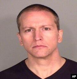 Foto del policía Derek Chauvin, proporcionada por la oficina del alguacil del condado Ramsey en Minnesota. Chauvin fue arrestado el 29 de mayo acusado de asesinato en tercer grado por la muerte de un afroestadounidense durante un arresto.