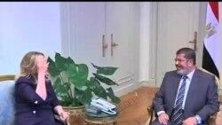 2012-07-15 美國之音視頻新聞: 克林頓國務卿會晤埃及政要