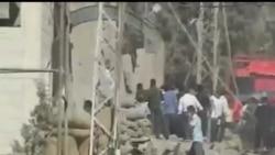2012-10-02 美國之音視頻新聞: 敘利亞政府軍空襲炸死21人