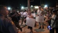 弗格森街头现场:示威持续众说纷纭