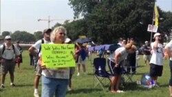 茶党人士国会外抗议奥巴马的医改法案