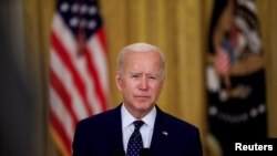 El presidente de Estados Unidos, Joe Biden, habla sobre las sanciones a Rusia en el Salón Este de la Casa Blanca en Washington, Estados Unidos, el 15 de abril de 2021.