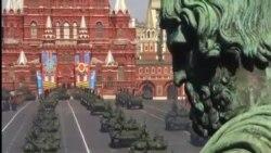 俄羅斯在烏克蘭危機之際展示軍力