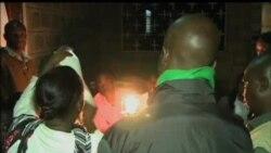 肯尼亚民众等待总统选举结果