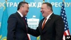Министр иностранных дел Казахстана Мухтар Тлеуберди и госсекретарь США Майк Помпео