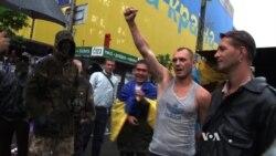 Ukraine Revolutionaries Vow to Stay in Kyiv's Maidan