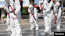 Abasirikali ba Koreya y'epfo basukura umujyi wa Seoul