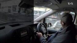แท็กซี่ลอนดอนเก็บเงินสดและเครื่องเพชร 1.7 ล้านคืนเจ้าของ
