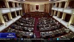 Shqipëri, miratohen ndryshimet kushtetuese