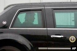 ABD Başkanı Donald Trump kasırganın vurduğu bölgeyi ziyaret etmek üzere yola çıktı