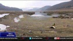 Kosovë: Rënia e nivelit të liqeneve dhe sfidat e furnizimit me ujë