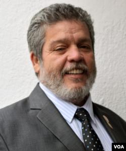 El representante a la Cámara del partido FARC Luis Alberto Albán.
