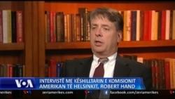 Interviste me Robert Hand