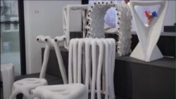 Hai sinh viên làm đồ nội thất từ bột nylon thải