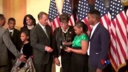 2015-01-06 美國之音視頻新聞: 美國新國會宣誓就職 誓詞歷經修改
