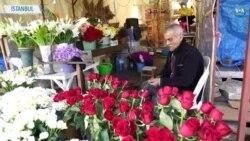 Salgın Taksim Meydanı'ndaki Çiçekçileri de Vurdu