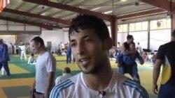看天下: 利比亚柔道选手在巴塞罗那苦练