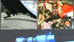 中國神州九號飛船與天宮一號對接
