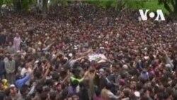 Funérailles des rebelles tués au Cachemire